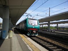 E464.536 RGV 2508 a Lingotto FS (simone.dibiase) Tags: train torino trains porta treno nuova stato trenitalia lingotto treni dello veloce 536 ferrovie regionale 2508 e464 xmpr