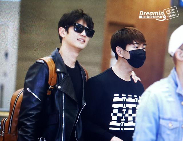 160422 SHINee @ Aeropuerto de Incheon {Rumbo a Japón} 26601835821_f1ebb5d0a1_z