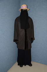 Warm outfit (Buses,Trains and Fetish) Tags: hot girl outfit warm coat hijab sweat niqab slave burka chador