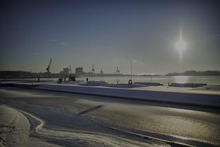 Sørenga Bad in winter cover