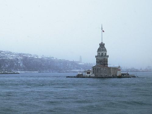 Девичья башня на Босфоре. Стамбул, Турция