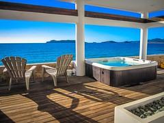 The hot tub observation deck at Casa Mar.