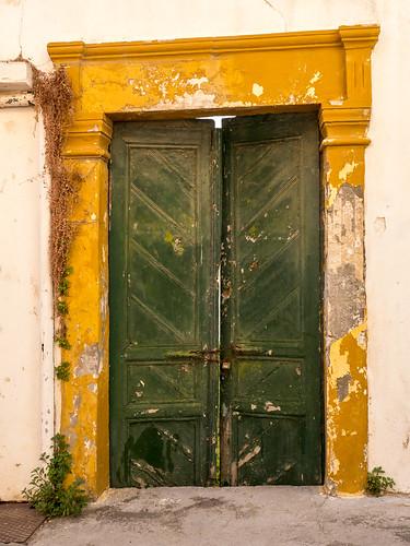 Sitia, Door