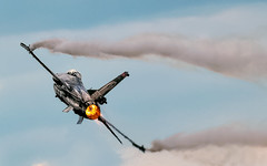 F-16 Solo Turk RIAT 2014 (bazzast170) Tags: fighter jets airshow planes eurofighter corsair phantom f4