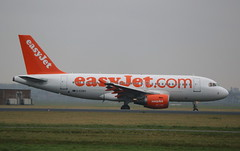 EasyJet.com Airbus A319 (AMSfreak17) Tags: world holland netherlands dutch amsterdam canon de airplane airport aircraft airplanes nederland landing planes airbus danny approach schiphol runway ams vliegtuig the eham a319 planespotting spotter vliegtuigen 70d easyjetcom luchtvaart polderbaan of soet 18r gezbu amsfreak17