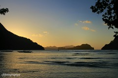 Sunset (charizsa timkang) Tags: sky sunrise island photography philippines secretbeach blues sunsets beaches hiddenbeach elnido beachbum palawan bestshots beachphotography papayabeach beautifuldestinations snapseed phonto itsmorefuninthephilippines