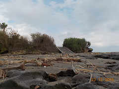DSCN1831 (petersimpson117) Tags: pantai seseh