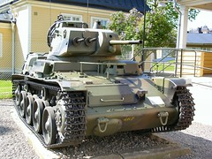 "Strv M40 43 • <a style=""font-size:0.8em;"" href=""http://www.flickr.com/photos/81723459@N04/25689413775/"" target=""_blank"">View on Flickr</a>"