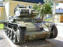 "Strv M40 43 • <a style=""font-size:0.8em;"" href=""http://www.flickr.com/photos/81723459@N04/25689413775/"" target=""_blank"">View on Flickr</a>"