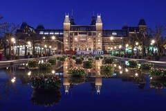 Rijksmuseum (karinavera) Tags: longexposure travel flowers blue sky water netherlands amsterdam museum night tulips rijksmuseum nikond5300