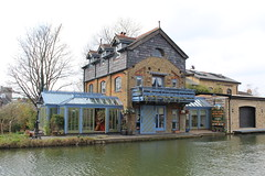 House on the Grand Junction Canal, Berkhamsted (MagMaster) Tags: england house canal beds grand junction berkhamsted