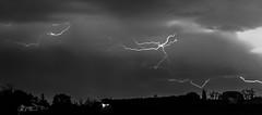 ciel d'orage (sapiens5) Tags: panorama monochrome 35mm noir pentax lumire lot nb 200iso ciel kr et f8 nuit garonne blanc 2016 clair 95s orgae avril10