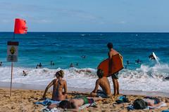 (scojones) Tags: beach hawaii oahu sunny sandys bodyboarding boogieboarding shorebreak sandybeachpark vsco sonya7 sel35f28z