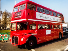Afternoon Tea Bus Tour (garryknight) Tags: red bus mobile nokia afternoon phone tea transport afternoontea londonlightroom lumia930 afternoonteabustour ononephoto10