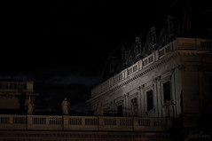 Dancing in the dark (zouberiphotography) Tags: vienna wien old city urban building history statue architecture night dark austria sterreich ancient nikon nightshot capital statues historic nighttime oesterreich 105mm d90 zouberi