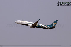 Oman Air - Boeing 737-91MER - A4O-BT (raihans photography) Tags: pakistan canon eos boeing dslr oman canondslr lahore efs 737 wy b737 boeing737 lhe 739 opla canonefs 60d lahoreairport omanair allamaiqbalinternationalairport a4obt boeing737900 aiia canonefslens b739 canonefs55250mmf456is canonefs55250f456is canoneos60d boeing737nextgen 737nextgen raihans raihanshahzad aiiap raihansphotography boeing737family boeing73791mer