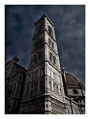 Cattedrale di Santa Maria del Fiore (kurtwolf303) Tags: italien italy building tower church topf25 architecture dark topf50 topf75 europe italia 500v20f cathedral dom kathedrale kirche tuscany firenze duomo toscana topf100 dunkel 800views florenz digitalphotography dster 900views cattedraledisantamariadelfiore 750views 1000v40f 250v10f canoneos600d