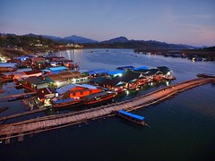 Sangkhlaburi - View from the Mon Bridge (sharko333) Tags: voyage travel bridge river landscape thailand boat asia asien olympus asie reise thailande em1 sangkhlaburi  monbridge