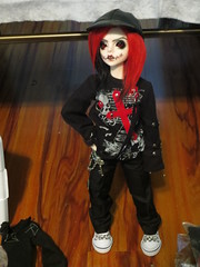 IMG_3634 (teh kiwi) Tags: red black scary bjd stiches dollzone