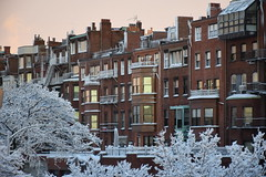 Brownstones and Bay windows (hansntareen) Tags: road winter sunset snow sunshine traffic brownstone baywindow clearingstorm