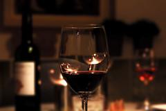 Vine (Andreas Almind Nielsen) Tags: blur composition canon denmark 50mm focus drink vine redvine