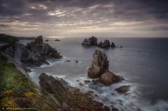 Storm... (Juancdieguez | Photography - Madrid (ES) -) Tags: espaa costa mar europa playa paisaje led amanecer nubes es litoral santander acantilado rocas cantabria islote cieloazul liencres marcantabrico entorno ecosistema rocoso urros costaquebrada playadelaarnia