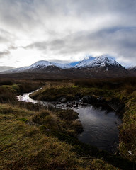 Mountains and rivers (Manadh) Tags: cloud sun mountain water landscape scotland stream pentax sigma k3 manadh