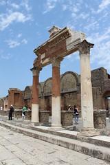 Pompeii - Italy (Been Around) Tags: italien italy italian europa europe italia niceshot campania urlaub travellers eu ita pompeii europeanunion italie kampanien nothingbutthebest concordians thisphotorocks expressyourselfaward bauimage pompeiantica ancientcityofpompeii