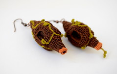 Weaver's nest (PratinArt) Tags: brown green 3d crochet felt cotton earrings freeform freeformcrochet crochetjewelry pratina pratinart