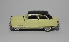 1950 Nash Rambler Custom Convertible (4) (dougie.d) Tags: usa scale car franklin model mint bathtub hudson nash rambler cabrio 1950 modelcar cabriolet pininfarina 143 diecast kelvinator landau franklinmint airflyte automodel modelauto