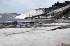 Agrigento - Mamma li turchi! (valerologan) Tags: mare sicily bianco sicilia agrigento scogliera marna realmonte scaladeiturchi
