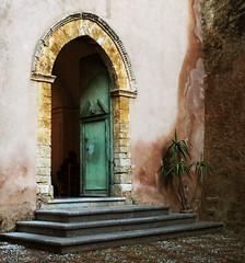 L'amicizia di un Dio (angelapupillo) Tags: fede sicilia paesi chiese spiritualit