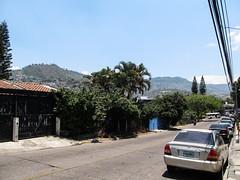 "Tegucigalpa et ses collines <a style=""margin-left:10px; font-size:0.8em;"" href=""http://www.flickr.com/photos/127723101@N04/26474858682/"" target=""_blank"">@flickr</a>"