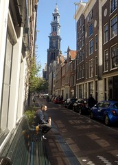 Having breakfast (Quetzalcoatl002) Tags: street tower church amsterdam breakfast kerk westerkerk