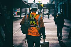 Hard Work, Hard Life (Lorenzo Mazzotti) Tags: life street chicago work canon photography eos photo reflex hard 6d 24105