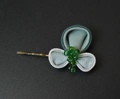 clover set 01 bobbypin (7) (Bright Wish Kanzashi) Tags: handmade silk hairornament kimonosilk tsumamikanzashi japanesetechnique tsumamizaiku