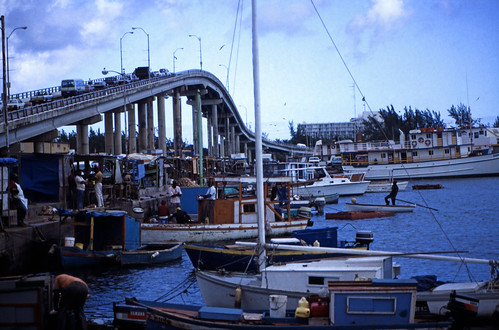 """Bahamas 1988 (226) New Providence: Potter Cay, Nassau • <a style=""""font-size:0.8em;"""" href=""""http://www.flickr.com/photos/69570948@N04/23617294589/"""" target=""""_blank"""">View on Flickr</a>"""