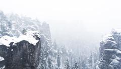 Winterstimmung (DerWalli) Tags: schnee winter white mountain snow rock schweiz switzerland nationalpark sandstone snowstorm explore sachsen weiss sandstein whiteout saxon bastei schsische schsischeschweiz rathen heavysnow elbsandstein schneegestber