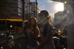Sunny day (Otacílio Rodrigues) Tags: city girls cidade sky urban sun sol brasil candid céu heat streetphoto oro calor resende garotas