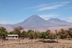 Vulkan Licancbur 5920m (raikbeuchler) Tags: chile argentina de volcano atacama desierto vulcan wste vulkan 2016 argentinien atacamawste licancbur vulkanlicancbur