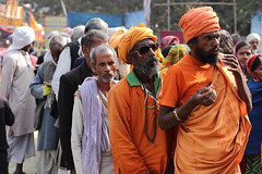 DR1001168 (Dipanjan Roy) Tags: street travel camp india canon colours fair transit kolkata sadhu naga sagar westbengal nagasadhu gangasagar incredibleindia indiansadhu