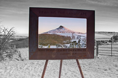 Framing the landscape. (paul downing) Tags: winter snow sunrise nikon 12 filters hitech greatayton northyorkshire roseberrytopping northyorkshiremoors gnd pd1001 pauldowning d7200 pauldowningphotography