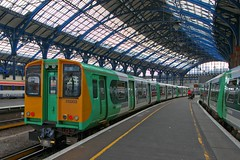 313203 (40011 MAURETANIA) Tags: train brighton transport southern emu britishrail unit 442 387 313 377 govia overallroof