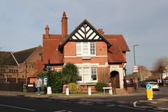 Pinner Police Station (Snappy Pete) Tags: uk greatbritain england london police policestation middlesex harrow pinner metropolitanpolice northwestlondon
