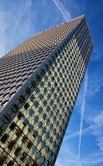 Tour Ariane. La Dfense, Paris (jjcordier) Tags: architecture ariane immeuble dfense quartier puteaux affaires