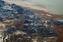 2016_02_16_lga-ord-slc_179 (dsearls) Tags: brown white mountains west utah flying desert aviation united gray aerial ual unitedairlines windowseat windowshot oquirrh oquirrhmountains lgaordslc 20160216