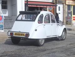 Citroen 2CV (occama) Tags: street old uk white car french cornwall citroen snail 2cv 1986 b508npk