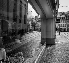 Reflection (Tristan Durand) Tags: white black reflection window monochrome shop grey blackwhite fuji spiegel fujifilm oldtown xe2s