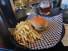 Cheeseburger and fries (cohodas208c) Tags: bar downtown chain burgers tavern stcloud stgermainstreet jlbeers vossbergbuilding