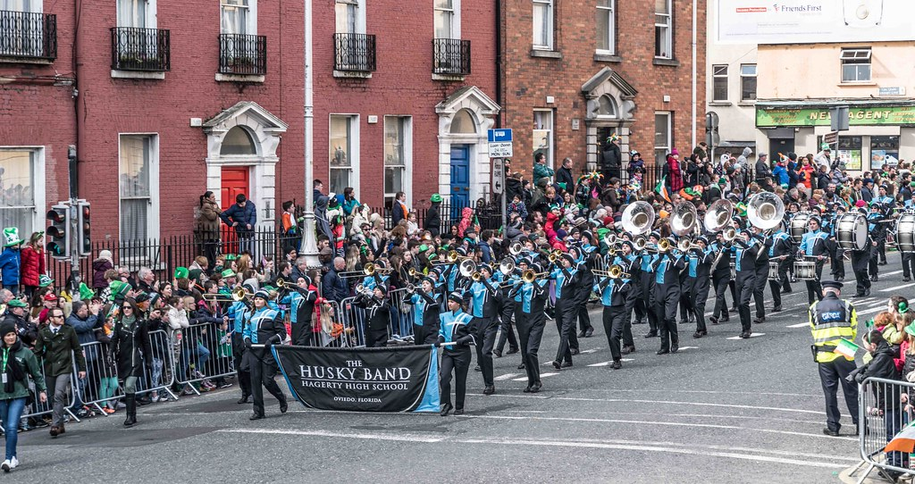 HAGERTY HIGH SCHOOL MARCHING HUSKIES [DUBLIN 2016 PATRICK'S DAY PARADE]-112553